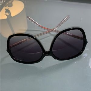 Accessories - Women's Sunglasses